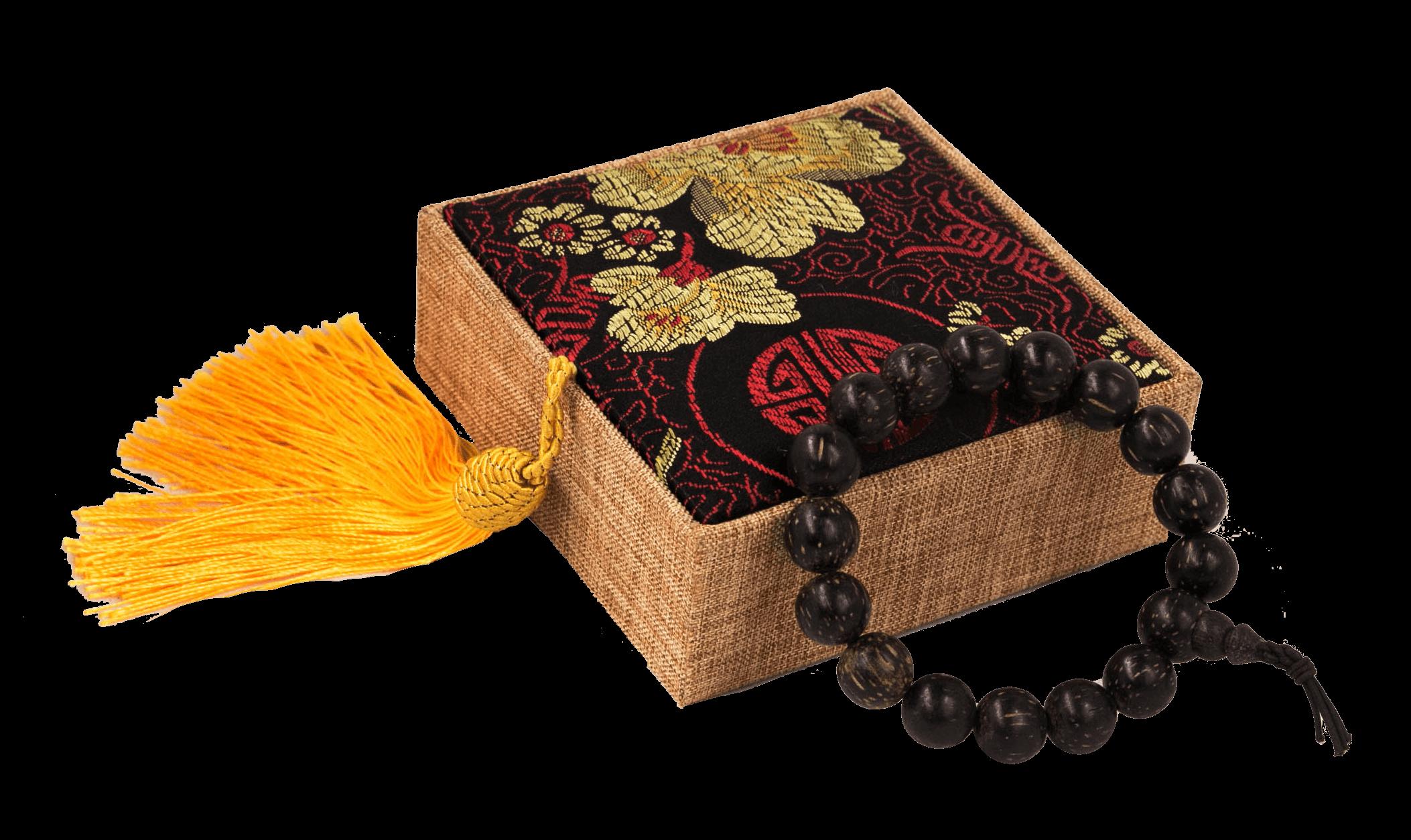 vòng tay gỗ trầm hương đen